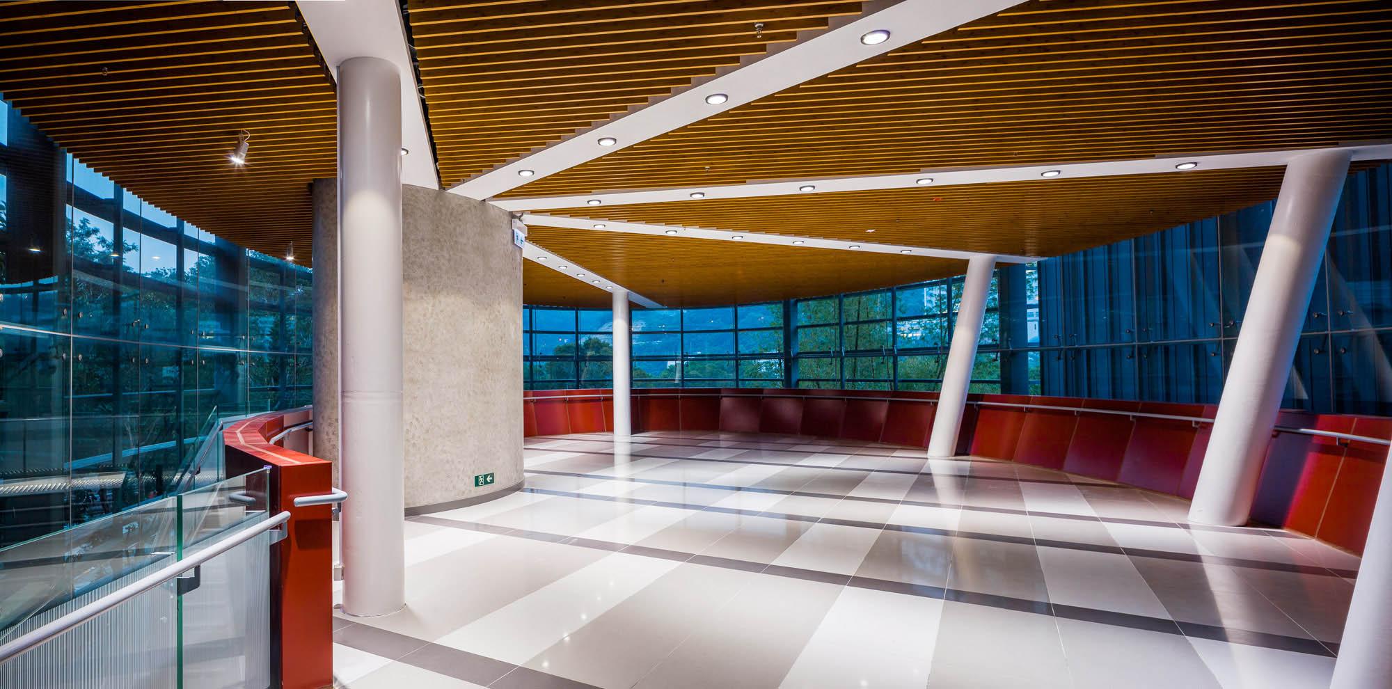 香港中文大學 康本國際學術園 及 伍何曼原樓